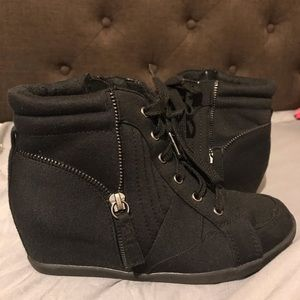 Justice black wedge sneakers size 4